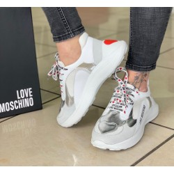 Running Love Moschino