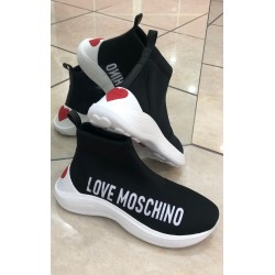 SLIP ON LOVE MOSCHINO